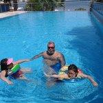 Çocuklarımla beraber havuzda saatlerce oyun oynadık, Stres attık