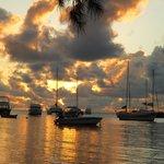 coucher de soleil au bors de la plage