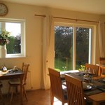 Portumna House B&B dining room