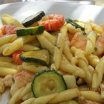 Prawns and courgette pasta