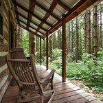 Hocking Hills Frontier Log Cabins