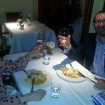Brindando con vino del Lazio