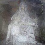 STATUES DE MARIE ET SON FILS JESUS