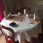 breakfast area in rydal suite
