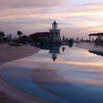 piscine et phare vers 21 heures