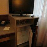 TV mit Kühlschrank