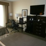 Fresh and Modern Room with HDTV, Work Desk and Free Internet