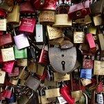 Cadeados na ponte Hohenzollern.