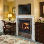 Waterfront Deluxe Guestroom Fireplace