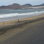 Lower Las Canteras Beach, Las Palmas, Gran Canaria - Surfers paradise
