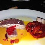 Seared tuna w/roe