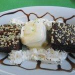 dessert from a la carte menu