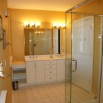 A100 - Master Bathroom