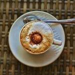 Scallywags Organic Restaurant - Gili Air - Lombok - Indonesia - Wandervibes - latte