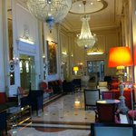 lovely, lovely lobby!!!