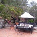 Hotelterrasse und Gartenrestaurant