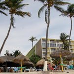 We were in this building right near the Iguana Bar about 2 rooms from ocean front
