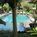 Sri Ratih pool