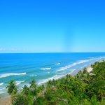 praia de Itacarezinho vista de cima (trilha de carro)