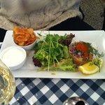 Tartar de salmão com ovas