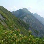 弥山から剣ヶ峰を望む