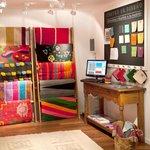 Sector de Tienda de Costumbres para diseñar alfombras tejidas en telar 100% hechas a mano