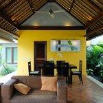 Villa Acacia living area