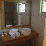 Bungalow 3 bathroom sink