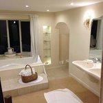 Lush bathroom!