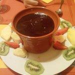 fonduta di cioccolato e frutta