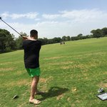Играю в гольф.