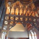 arche en bois sculpté