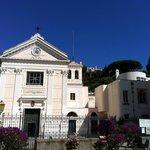 Facciata della Chiesa di Santa Restituta