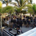 Bongo's beachside cafe and bar