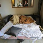En elendig seng, som man ikke engang kunne sidde på