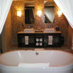 Our awesome bathroom in the Honeymoon Suite