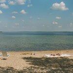 Kirkas Puruvesi ja hieno hiekkaranta