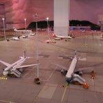 """'Mini"""" Hamburq Airport"""