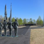 Memorial Honor Guard sculptures, Air Force Memorial, April 23, 2014