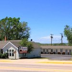 Rangeland Court Motel and RV Park.  We give you friendly services with updated, clean rooms!!