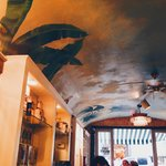cafe beignet from the inside