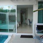 villa garden pool