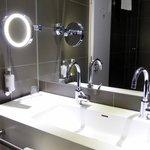 Badezimmer mit Naturstein
