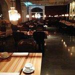 レストランの雰囲気は上品でした