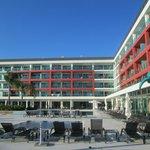 Hotel visto da piscina