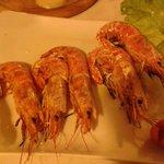также одна из наших закусок-ооочень вкусные креветки