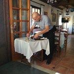 Gino dividing the paella