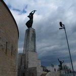 statues at Citadella
