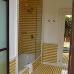 Great bath - nice toiletries
