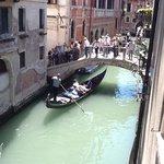 pas de doute, la chambre vue sur le canal donne bien sur le canal